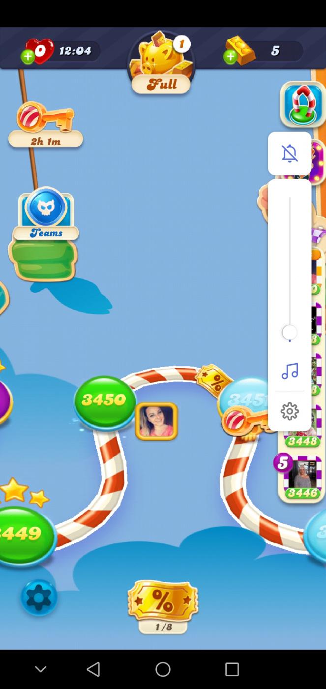 Screenshot_20200518_140626_com.king.candycrushsodasaga.jpg