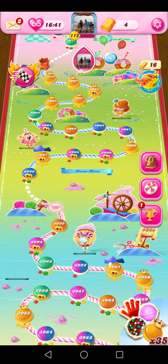 Screenshot_20200501_214353_com.king.candycrushsaga.jpg