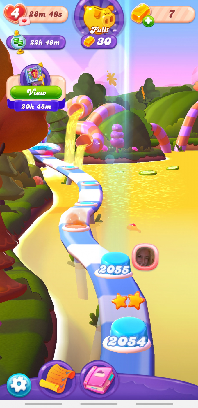 Screenshot_20200426-081129_Candy Crush Friends.jpg