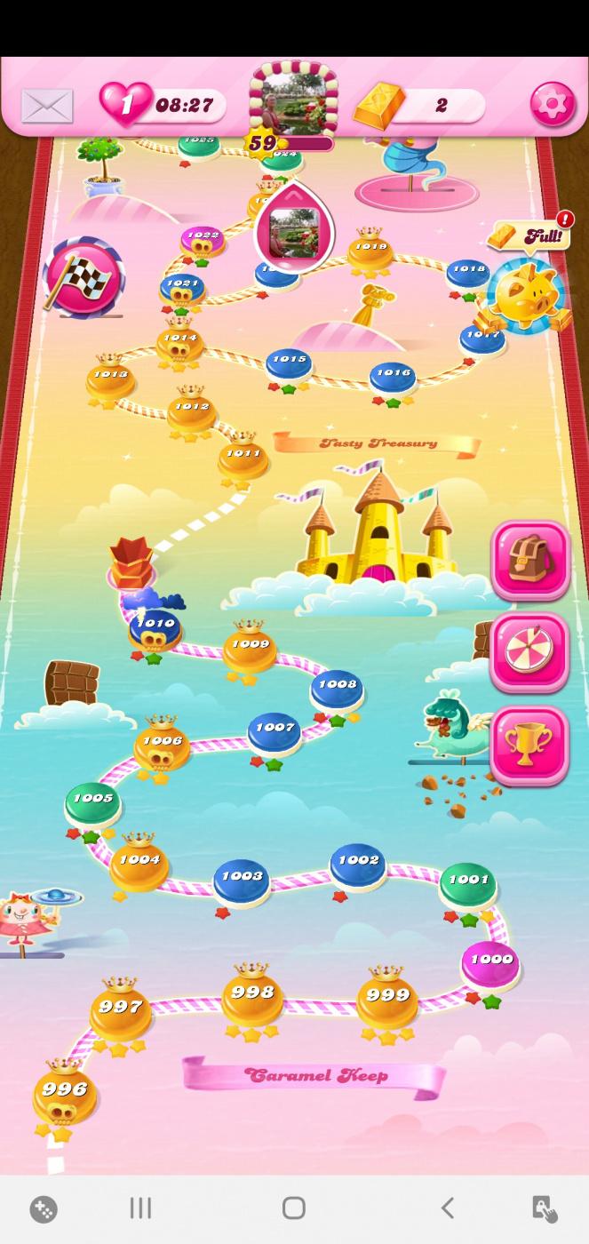 Screenshot_20200308-060202_Candy Crush Saga.jpg