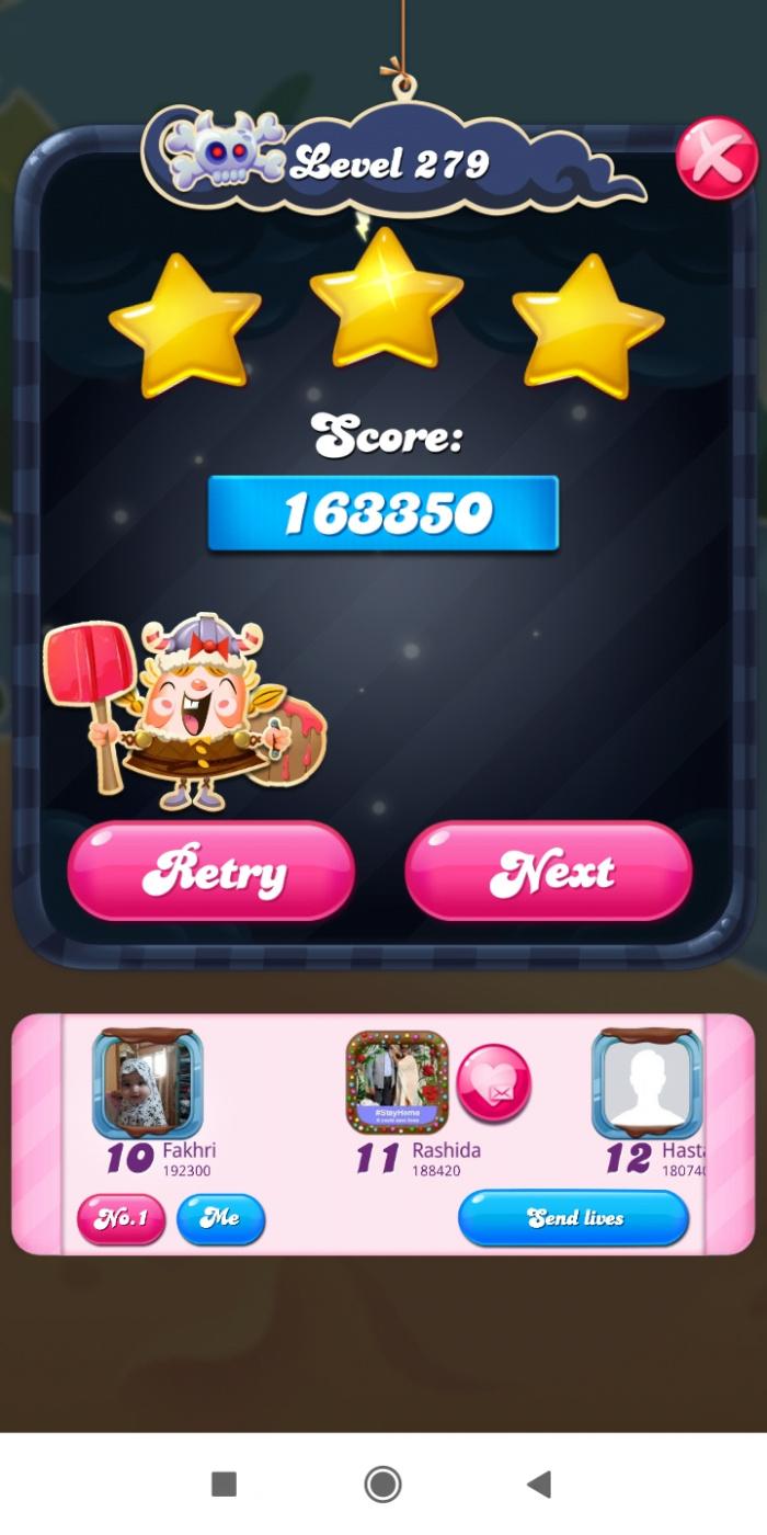 Screenshot_2021-05-13-09-02-41-004_com.king.candycrushsaga.jpg