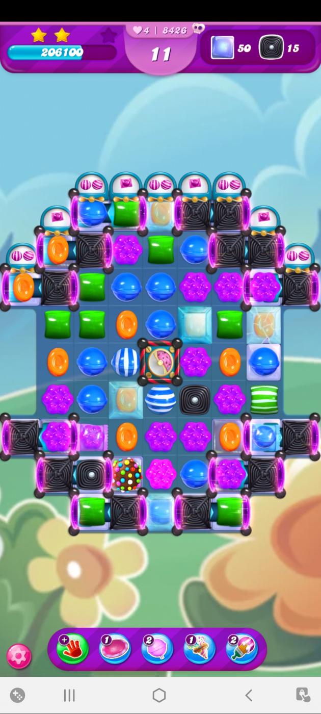 Screenshot_20210414-083807_Candy Crush Saga.jpg