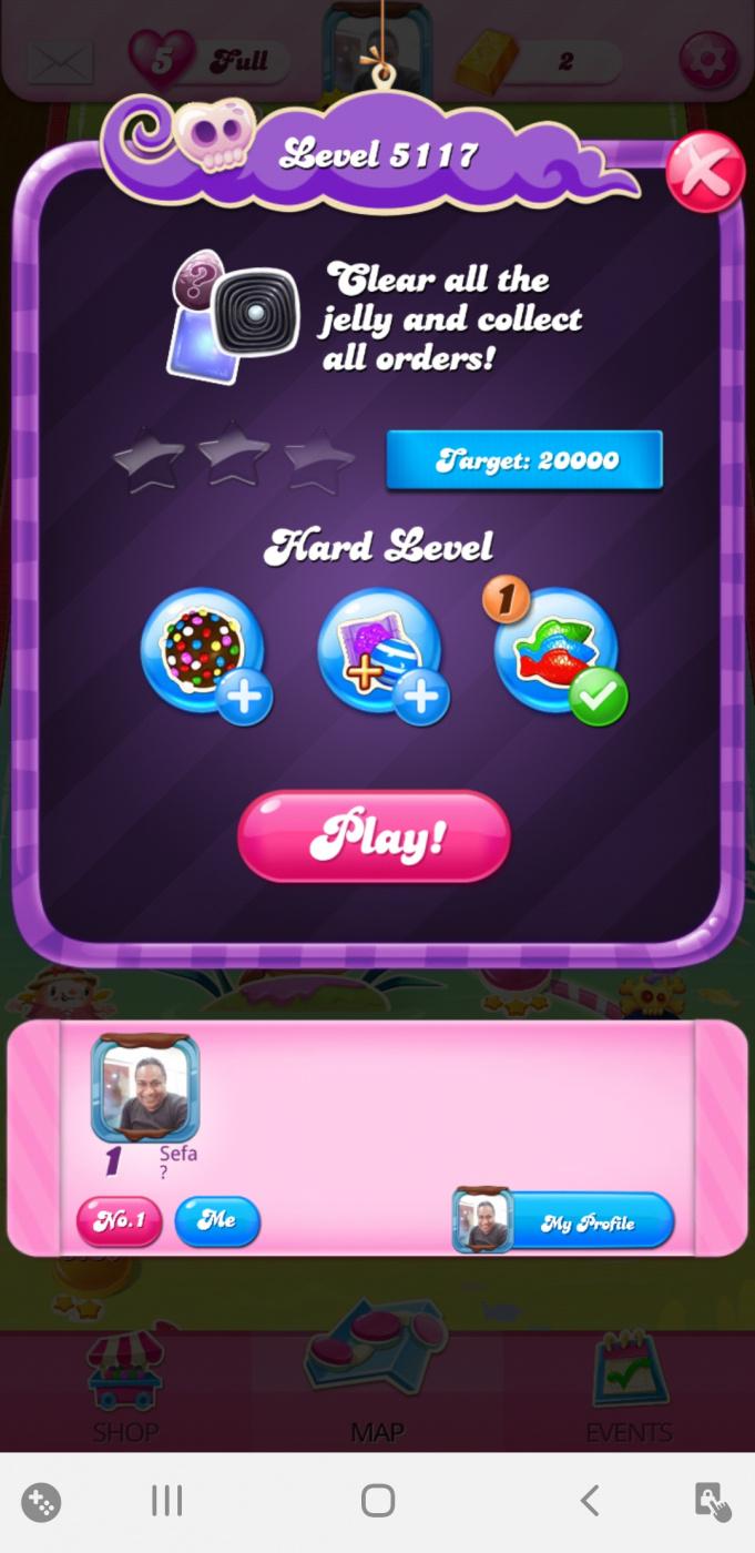 Screenshot_20200602-050155_Candy Crush Saga.jpg