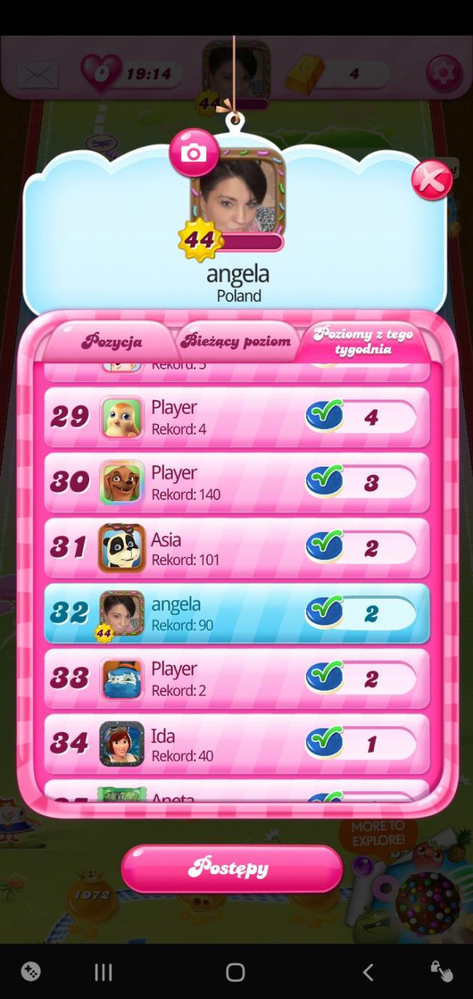 Screenshot_20200214-234413_Candy Crush Saga.jpg