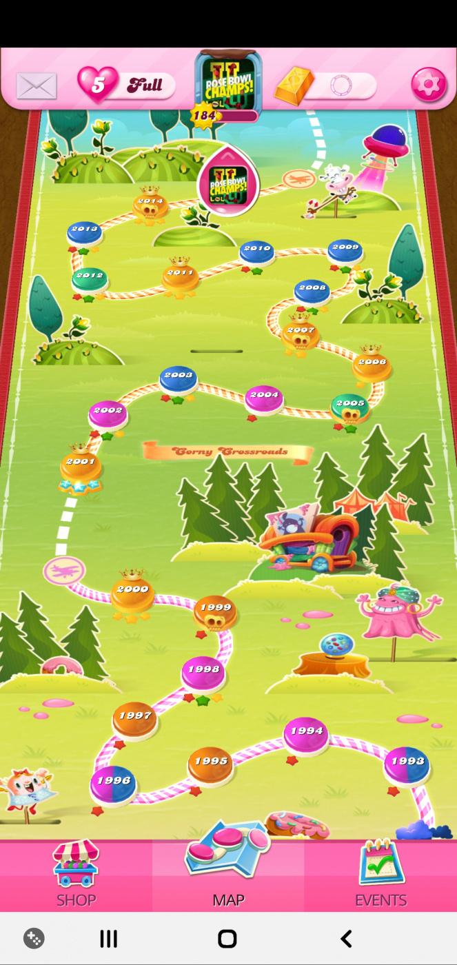 Screenshot_20200408-231246_Candy Crush Saga.jpg