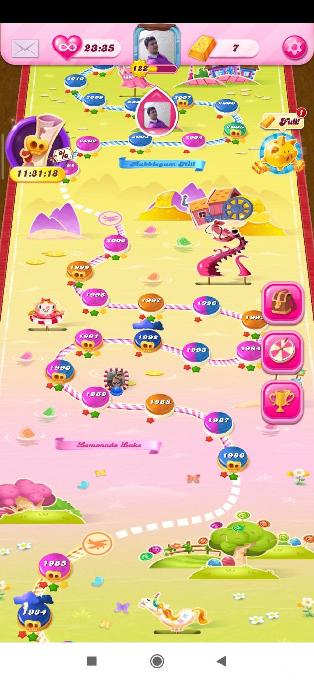Screenshot_2020-04-26-13-47-07-154_com.king.candycrushsaga.jpg