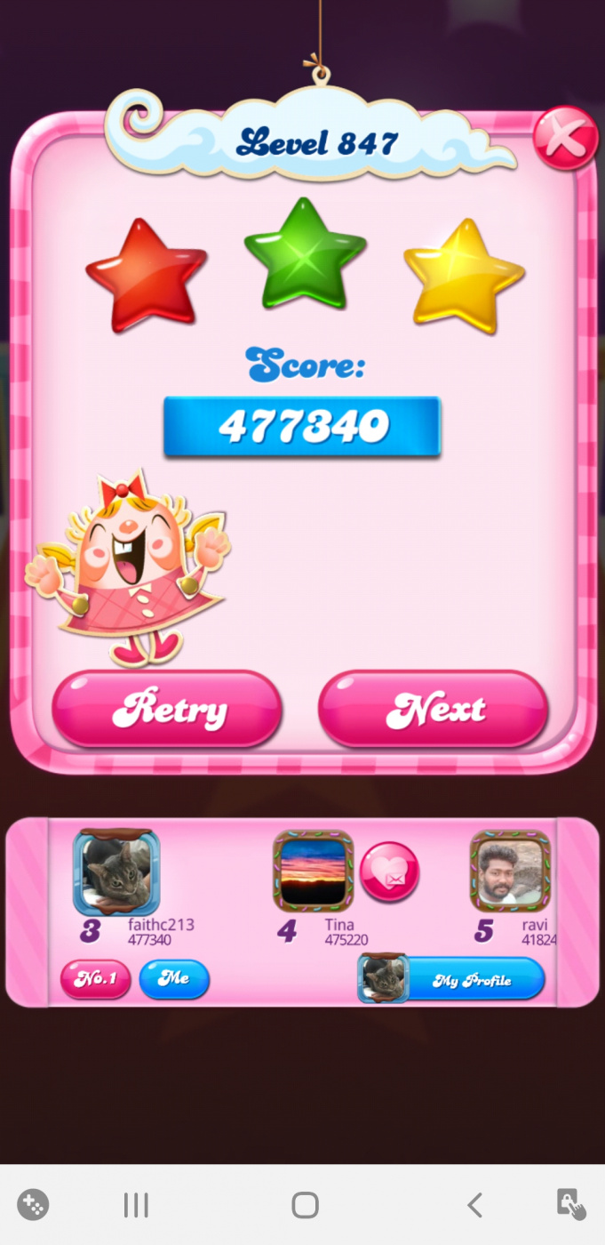 Screenshot_20200426-225240_Candy Crush Saga.jpg
