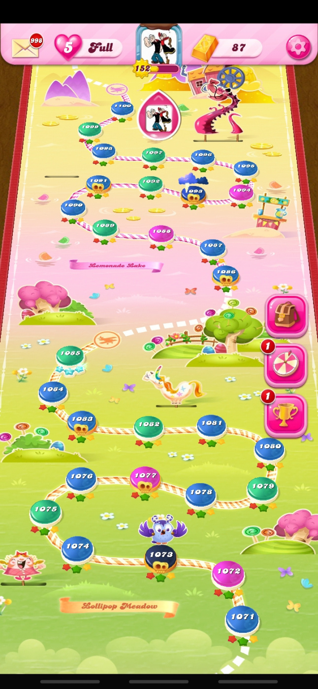 Screenshot_20200407-154337_Candy Crush Saga.jpg