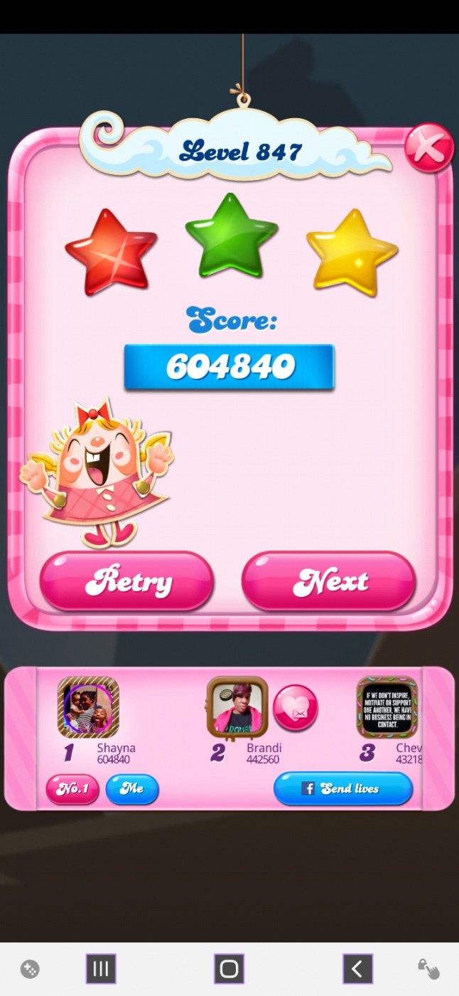Screenshot_20200419-200736_Candy Crush Saga.jpg