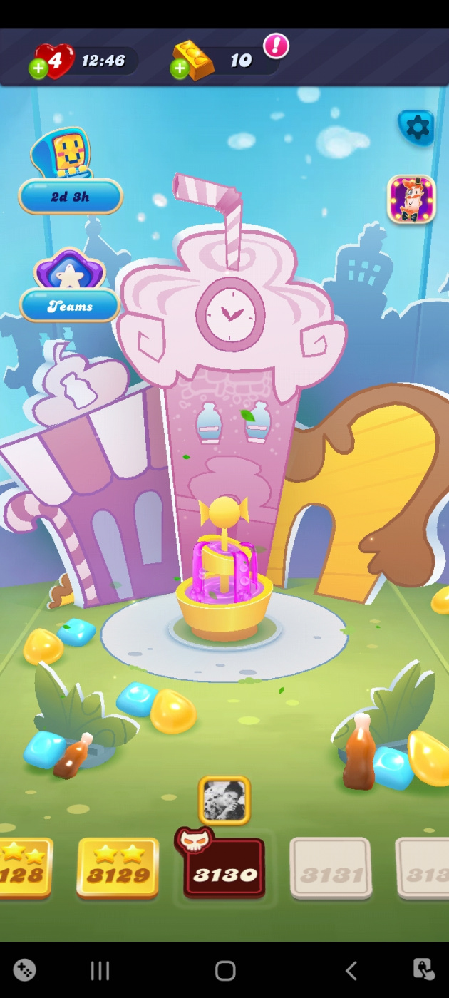 Screenshot_20210918-111429_Candy Crush Soda.jpg