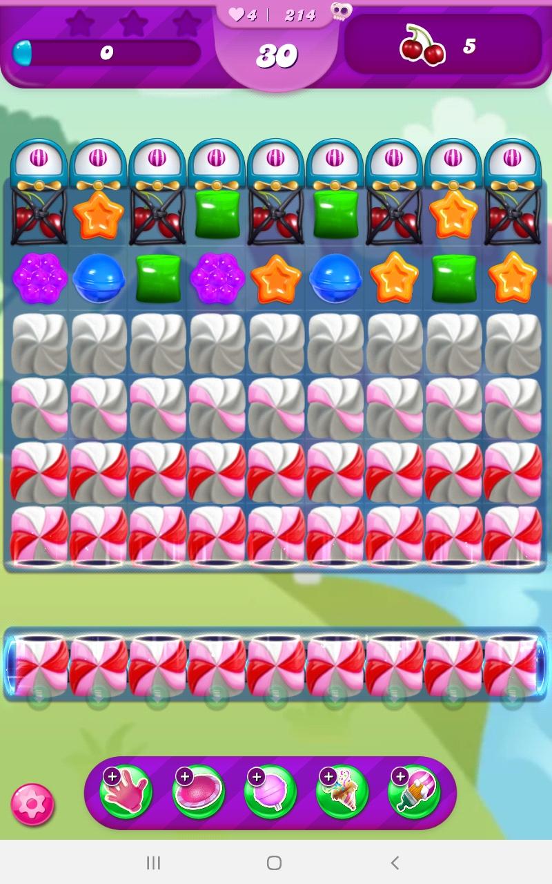 Screenshot_20210926-094518_Candy Crush Saga.jpg