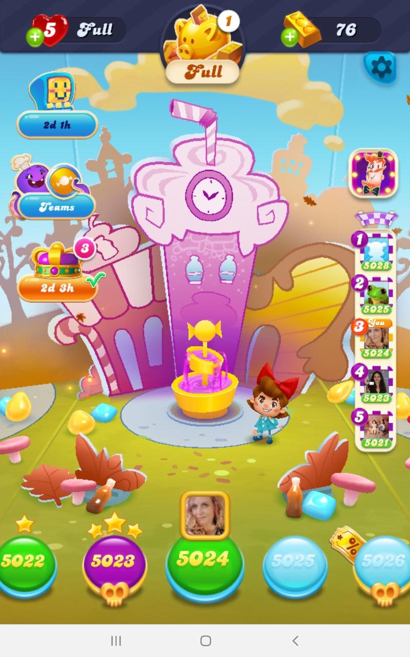 Screenshot_20201127-234653_Candy Crush Soda.jpg