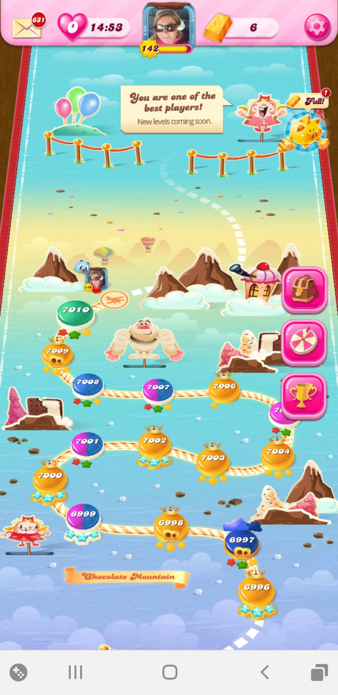 Screenshot_20200521-232859_Candy Crush Saga.jpg