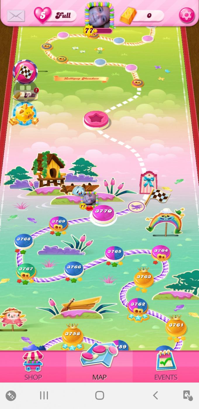 Screenshot_20200531-133558_Candy Crush Saga.jpg