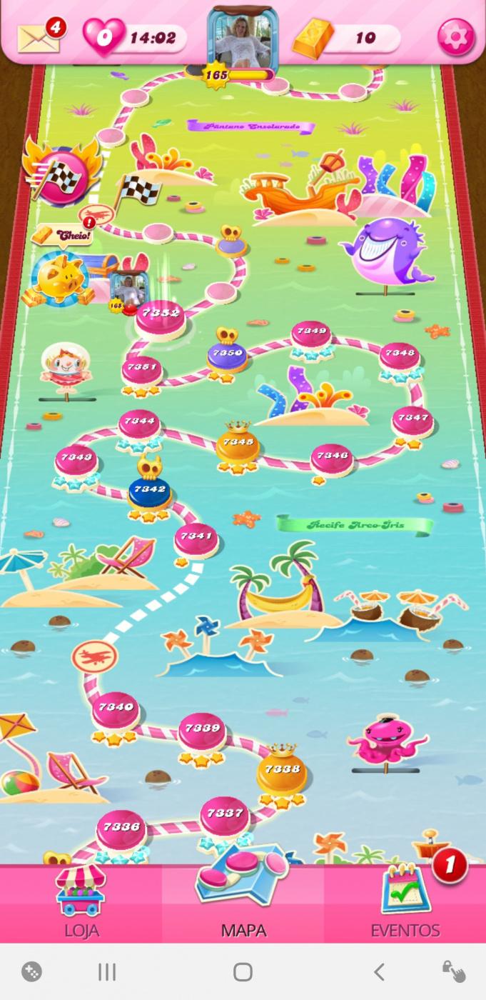 Screenshot_20200802-110300_Candy Crush Saga.jpg