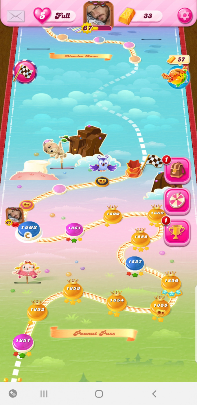 Screenshot_20200204-153951_Candy Crush Saga.jpg