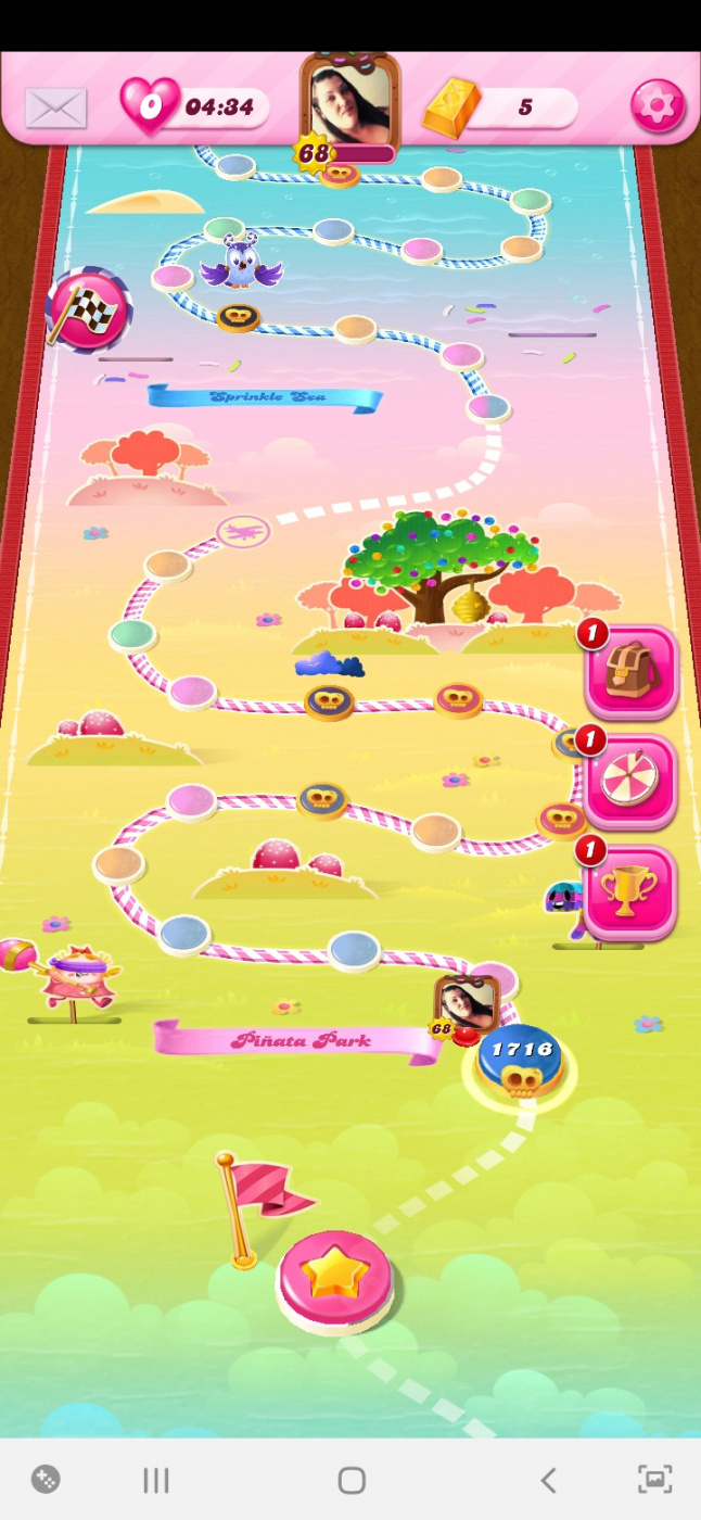 Screenshot_20200406-183146_Candy Crush Saga.jpg