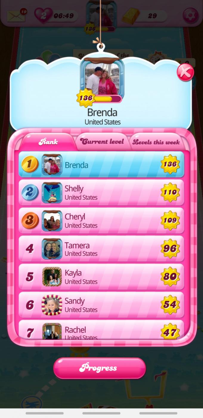 Screenshot_20200204-090333_Candy Crush Saga.jpg