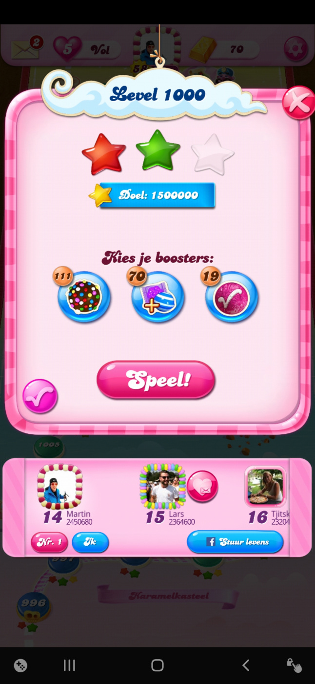 Screenshot_20200415-230950_Candy Crush Saga.jpg