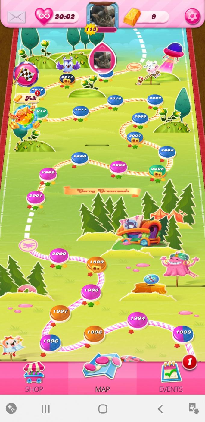 Screenshot_20200426-223822_Candy Crush Saga.jpg