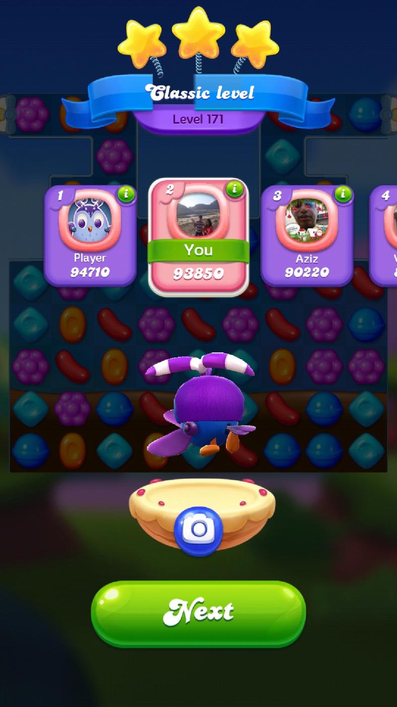 Screenshot_20210427-080250_Candy Crush Friends.jpg