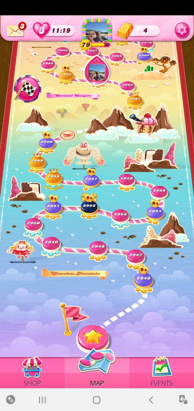 Screenshot_20200804-084457_Candy Crush Saga.jpg