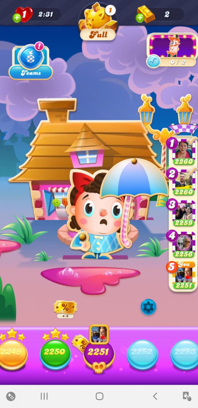 Screenshot_20200813-234606_Candy Crush Soda.jpg
