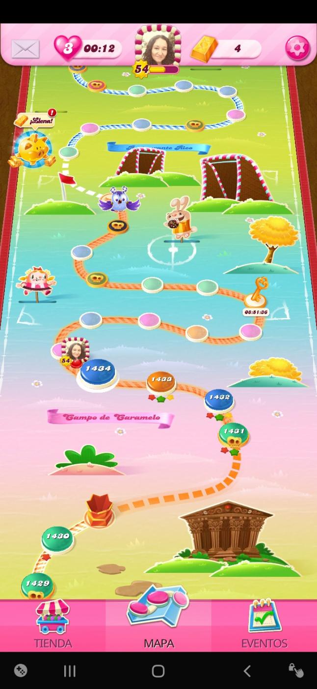 Screenshot_20200417-143042_Candy Crush Saga.jpg