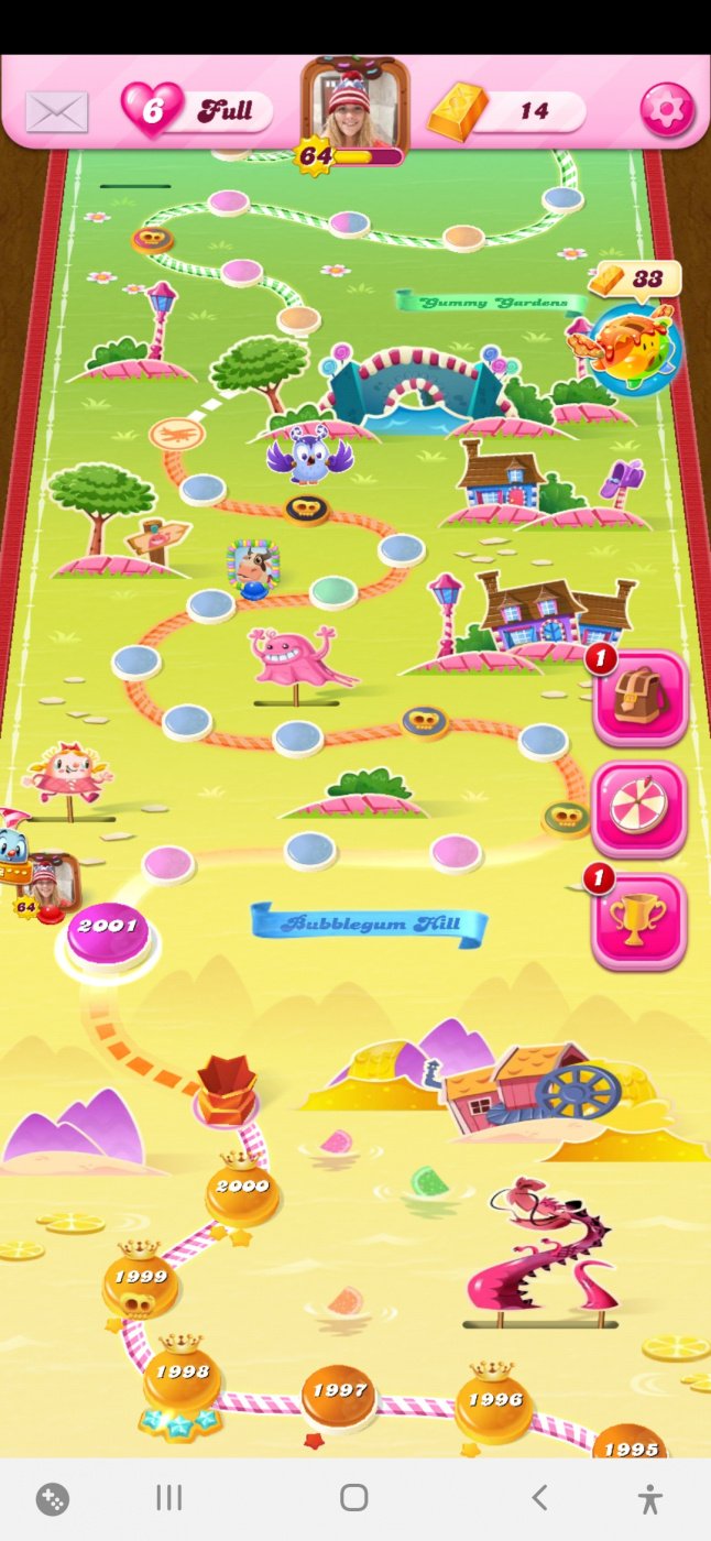 Screenshot_20200425-002459_Candy Crush Saga.jpg