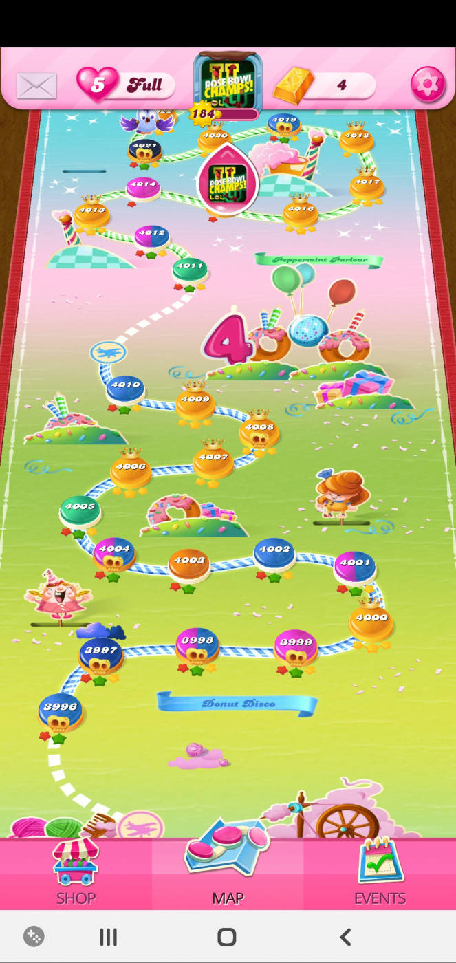 Screenshot_20200408-230534_Candy Crush Saga.jpg