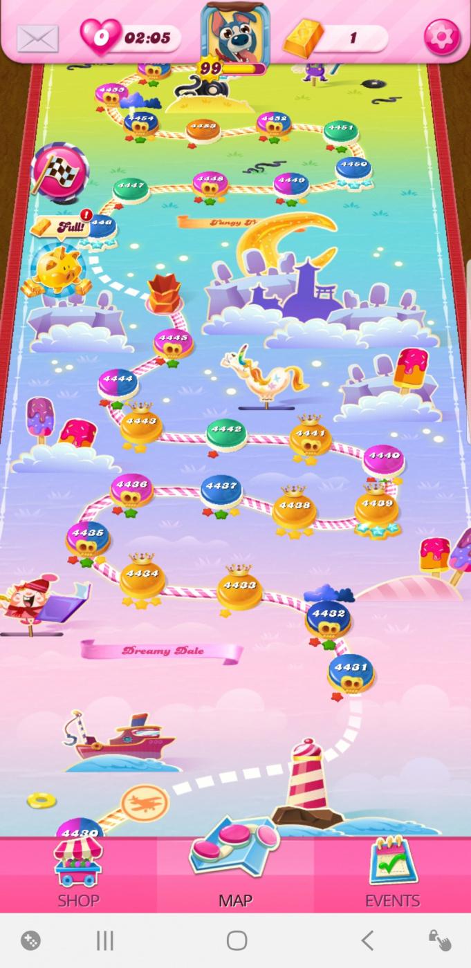 Screenshot_20200417-211456_Candy Crush Saga.jpg