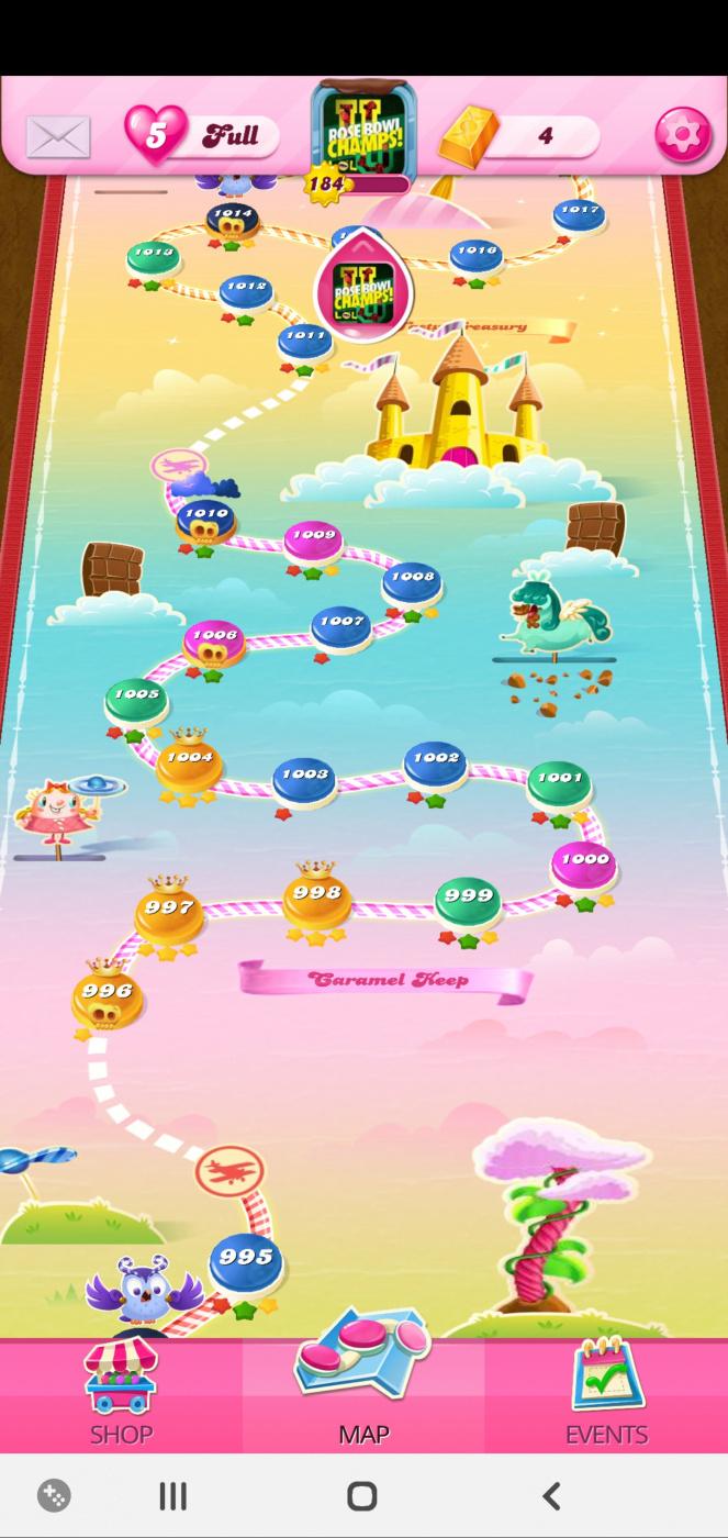Screenshot_20200408-231301_Candy Crush Saga.jpg