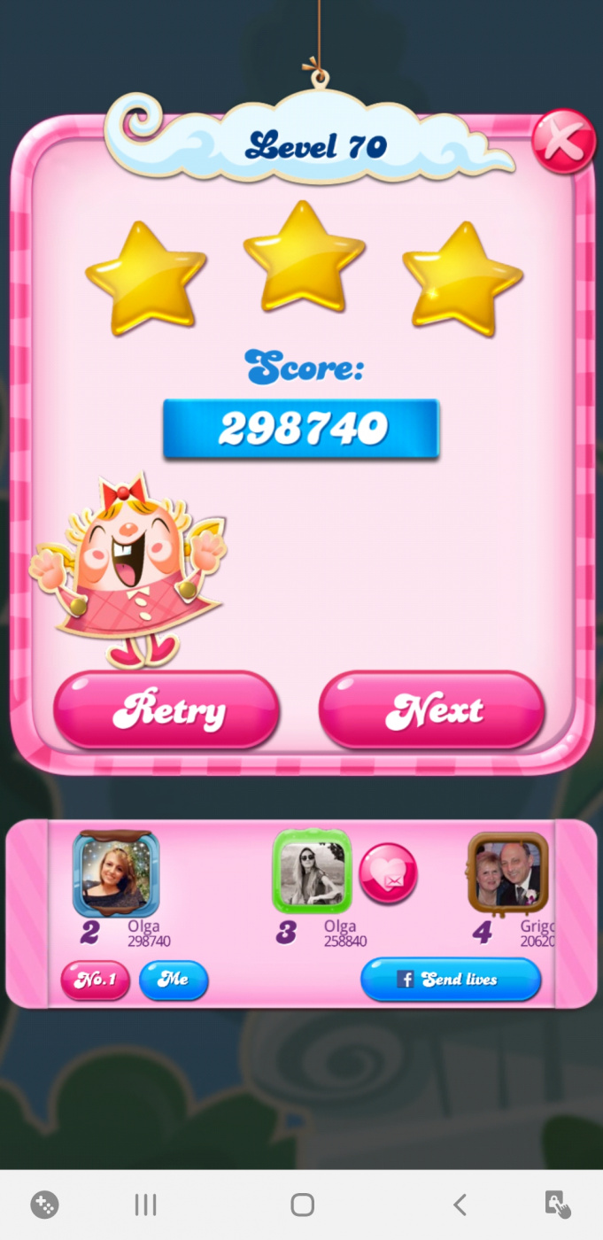 Screenshot_20200512-221620_Candy Crush Saga.jpg