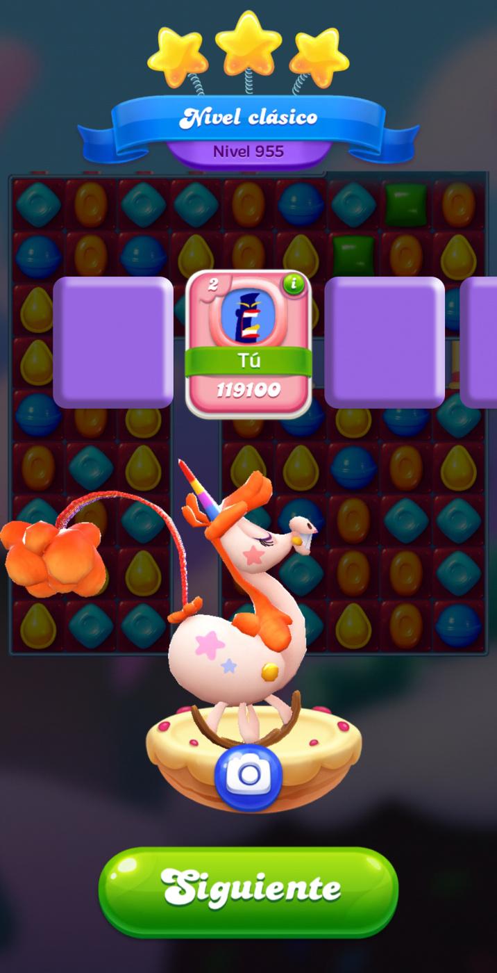 Screenshot_20200504-184515_Candy Crush Friends.jpg