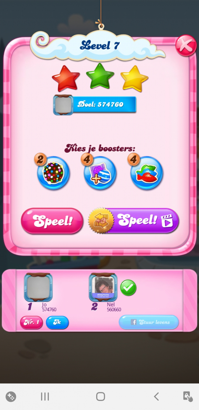 Screenshot_20200527-071402_Candy Crush Saga.jpg