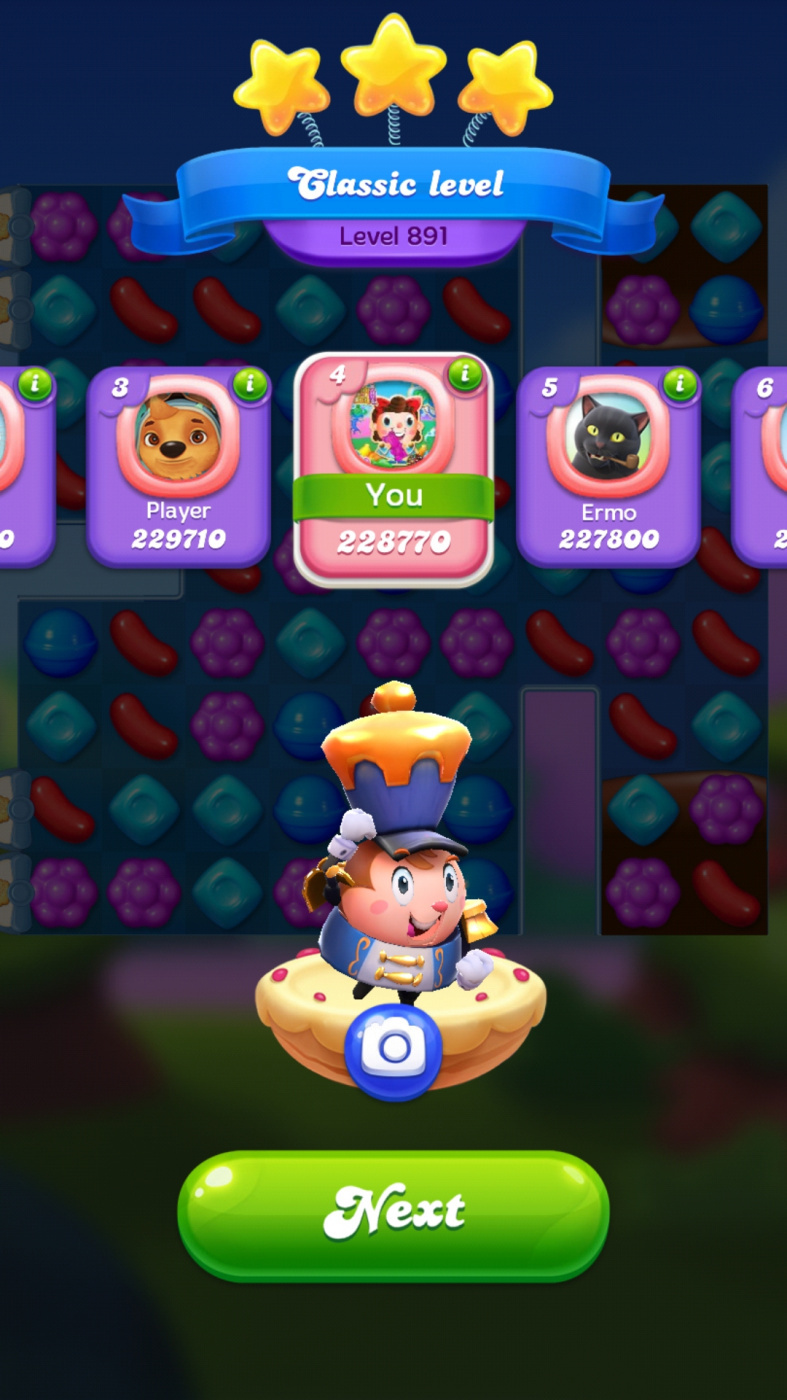 Screenshot_20200411-002640_Candy_Crush_Friends[1].jpg