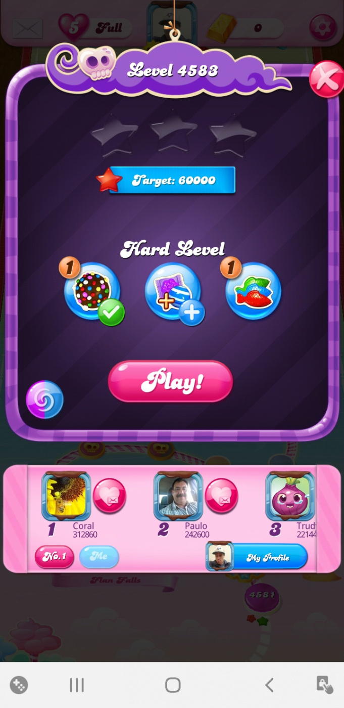 Screenshot_20200419-211700_Candy Crush Saga.jpg