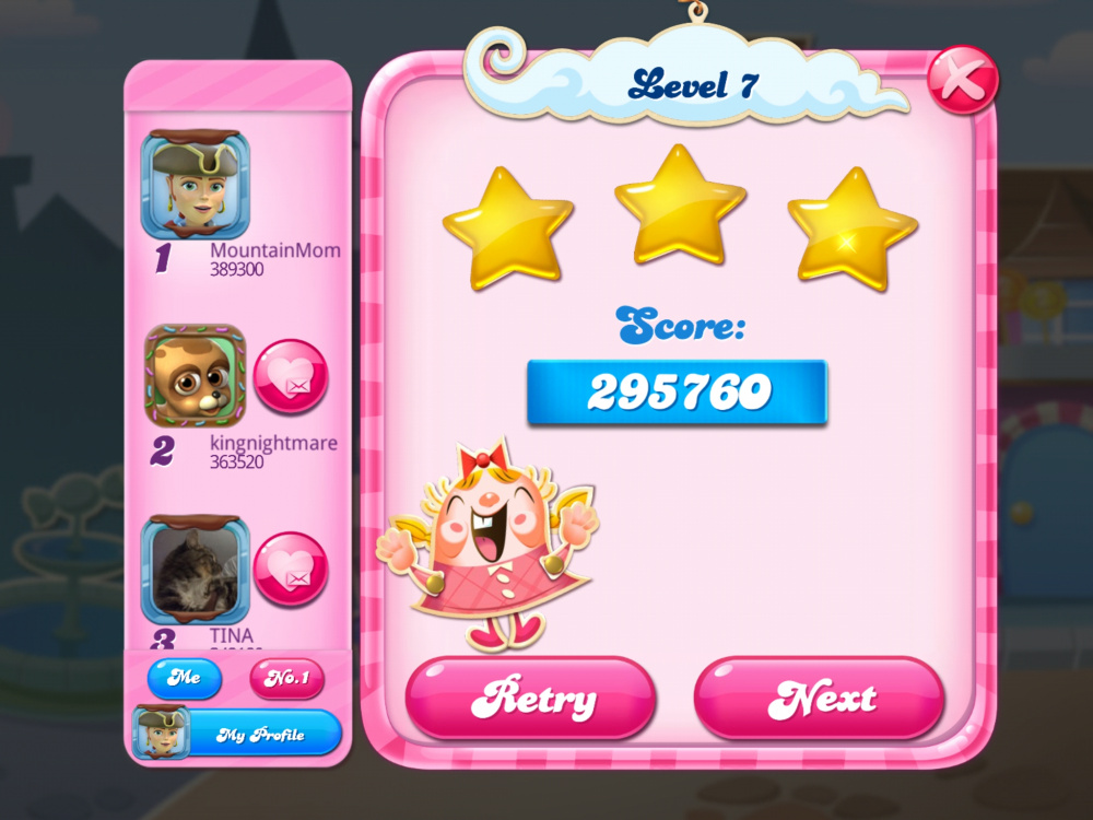 Screenshot_20200506-223700_Candy Crush Saga.jpg
