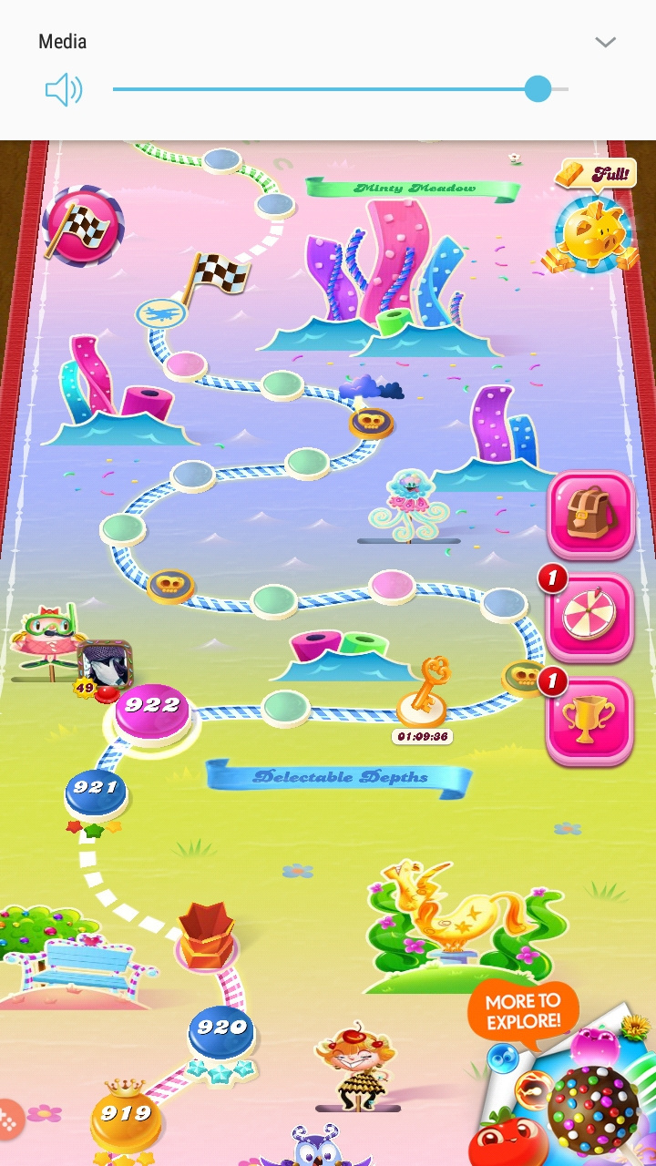 Screenshot_20200412-115029_Candy Crush Saga.jpg