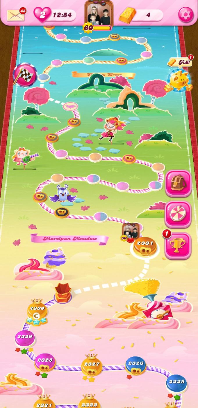 Screenshot_20200303-100015_Candy Crush Saga.jpg