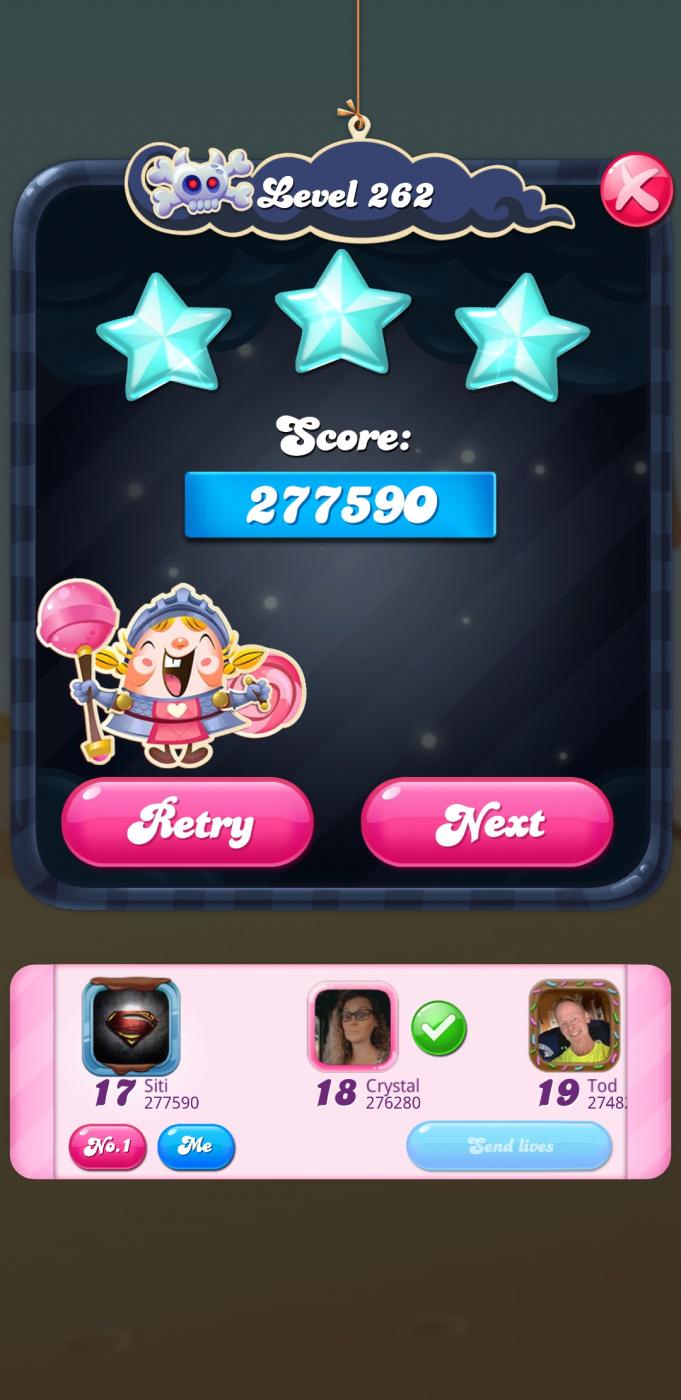 Screenshot_20210401-201411_Candy Crush Saga.jpg