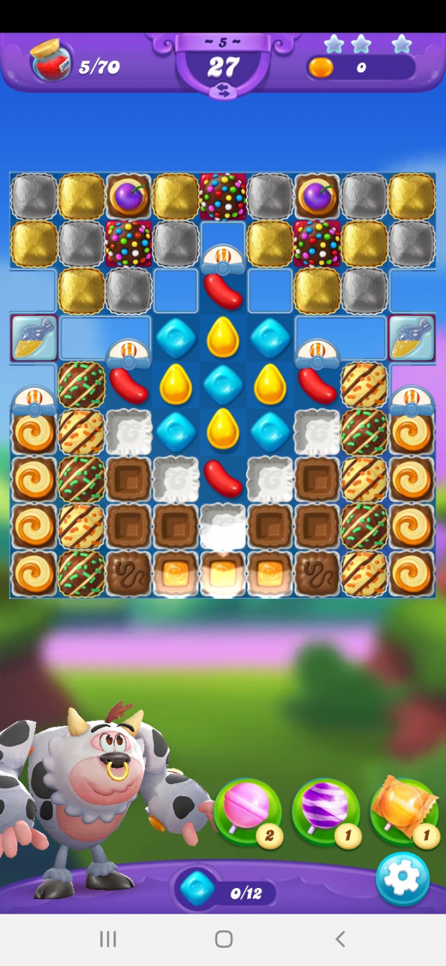 Screenshot_20210507-204926_Candy Crush Friends.jpg