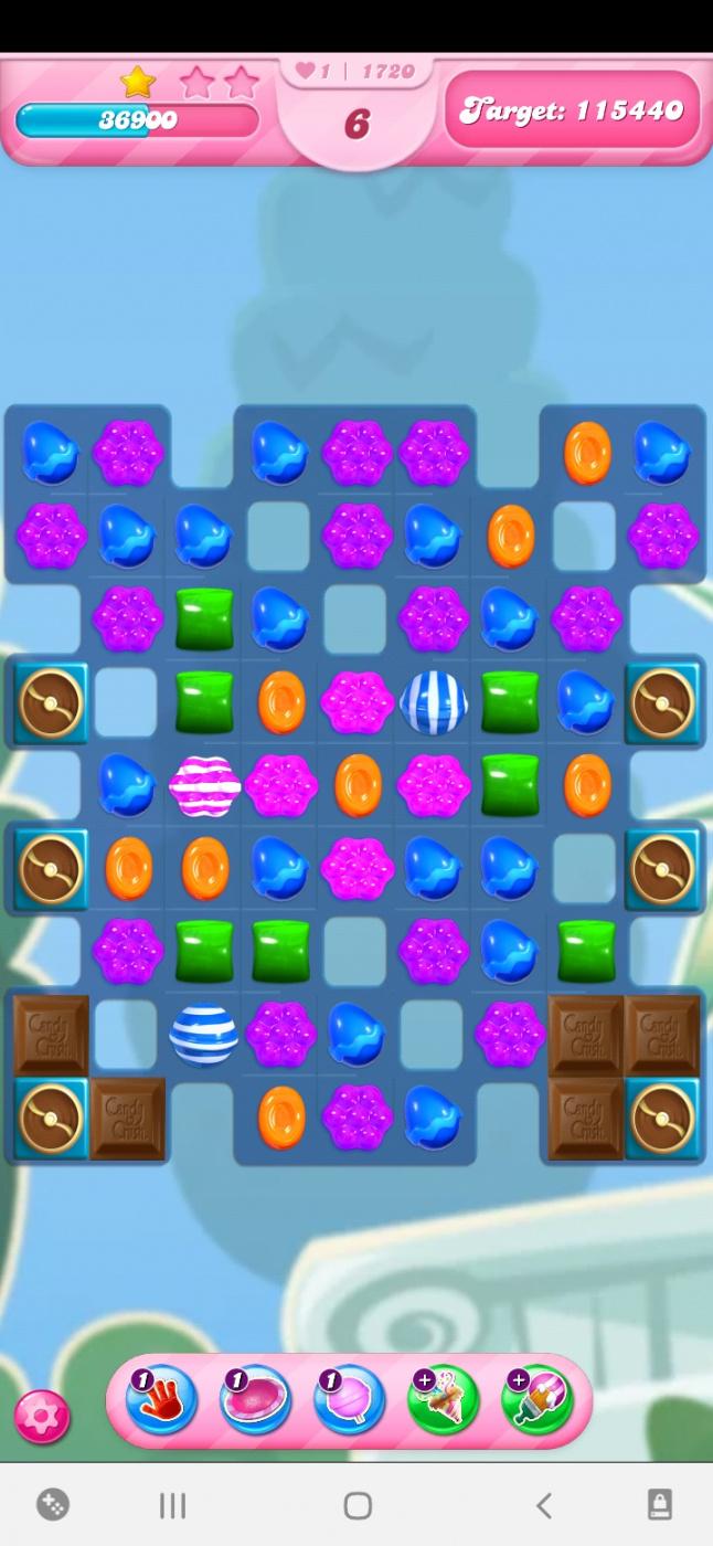 Screenshot_20210414-104335_Candy Crush Saga.jpg