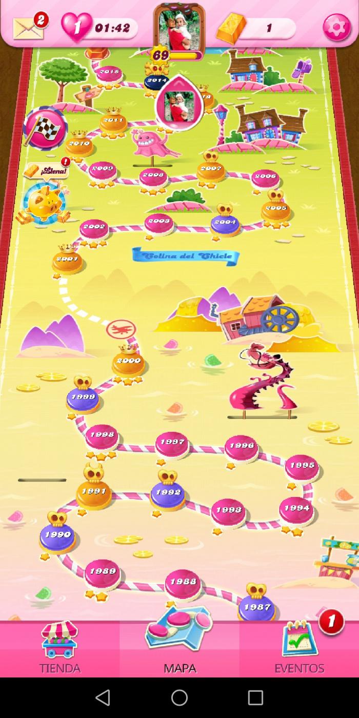 Screenshot_20200604_112017_com.king.candycrushsaga.jpg
