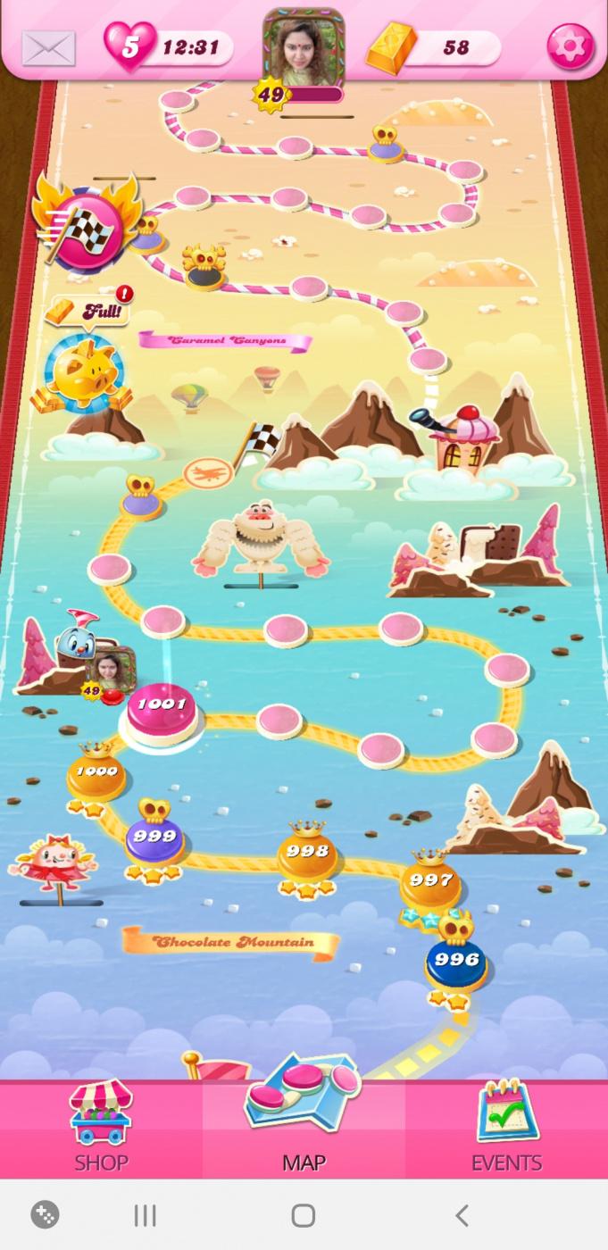 Screenshot_20200705-161401_Candy Crush Saga.jpg