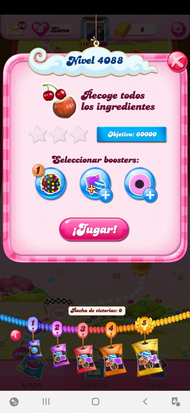 Screenshot_20201025-012101_Candy Crush Saga.jpg