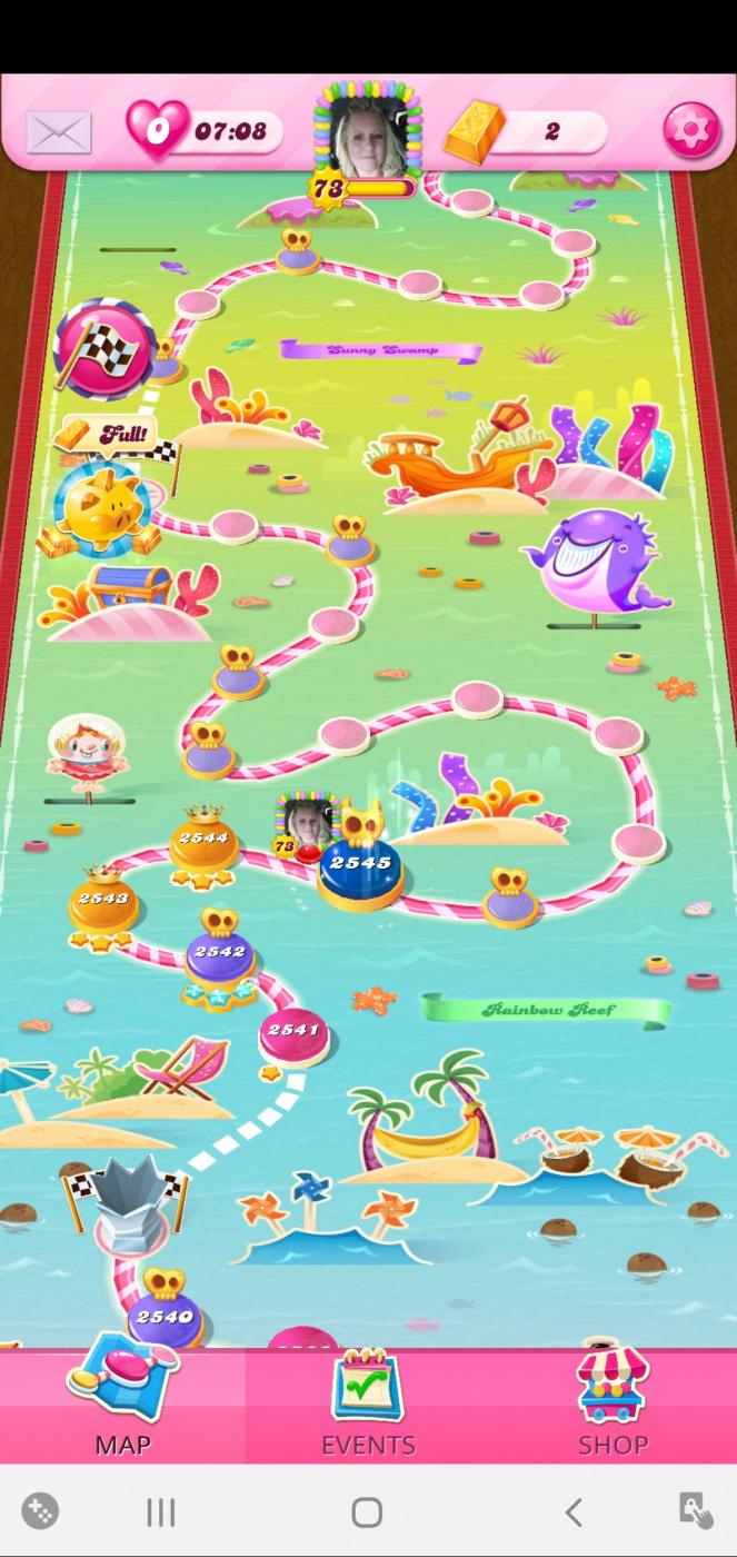 Screenshot_20201123-152535_Candy Crush Saga.jpg
