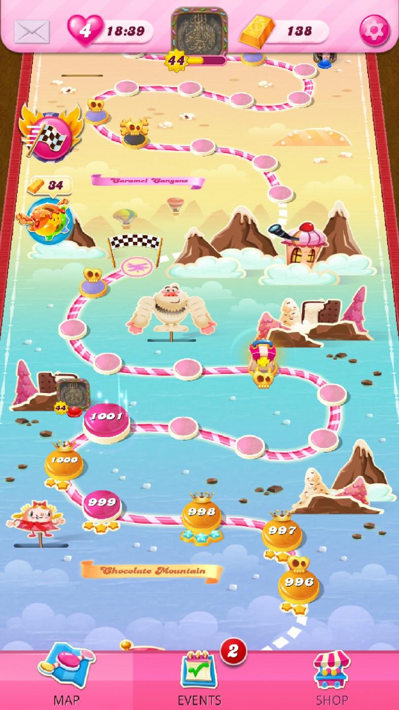 Screenshot_20210502-060810_Candy Crush Saga.jpg