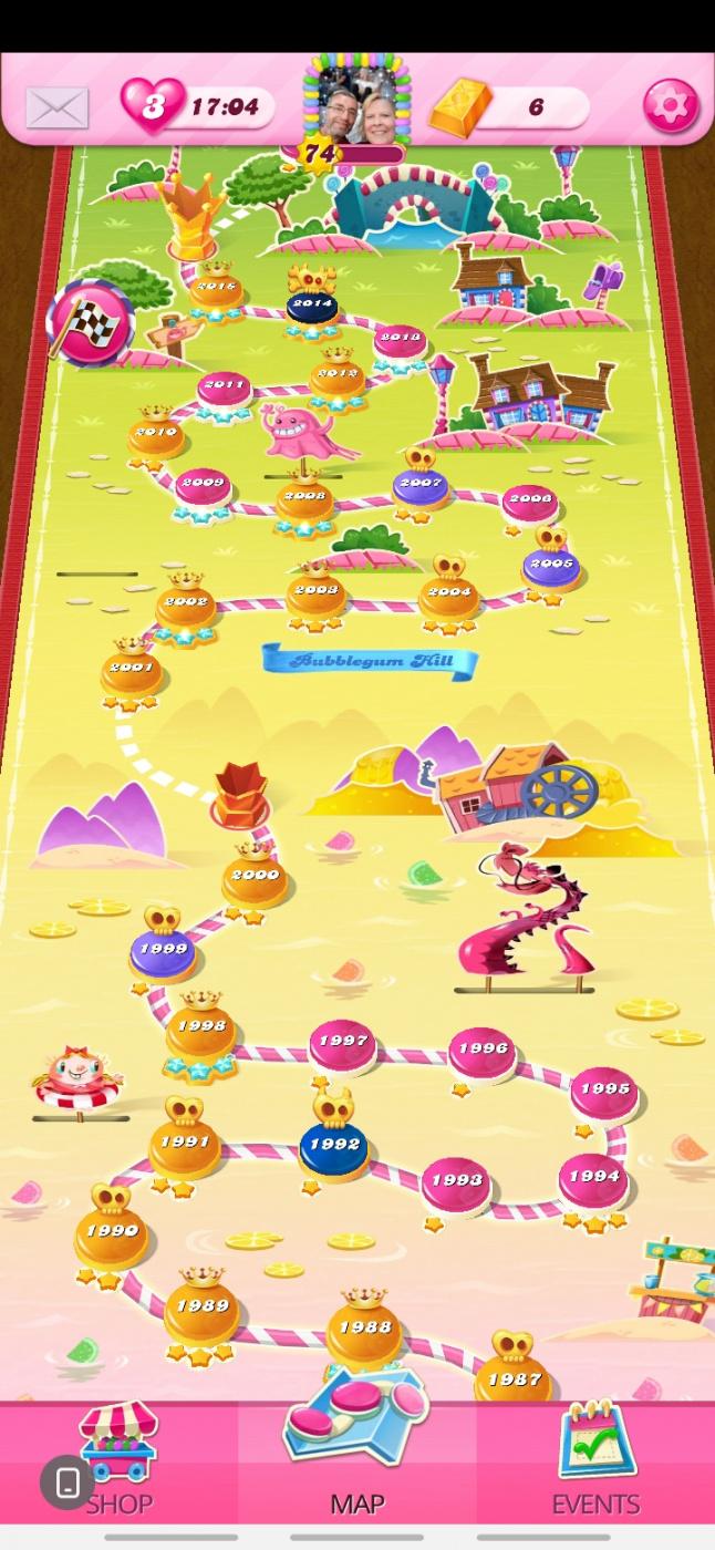 Screenshot_20200602-195824_Candy Crush Saga.jpg