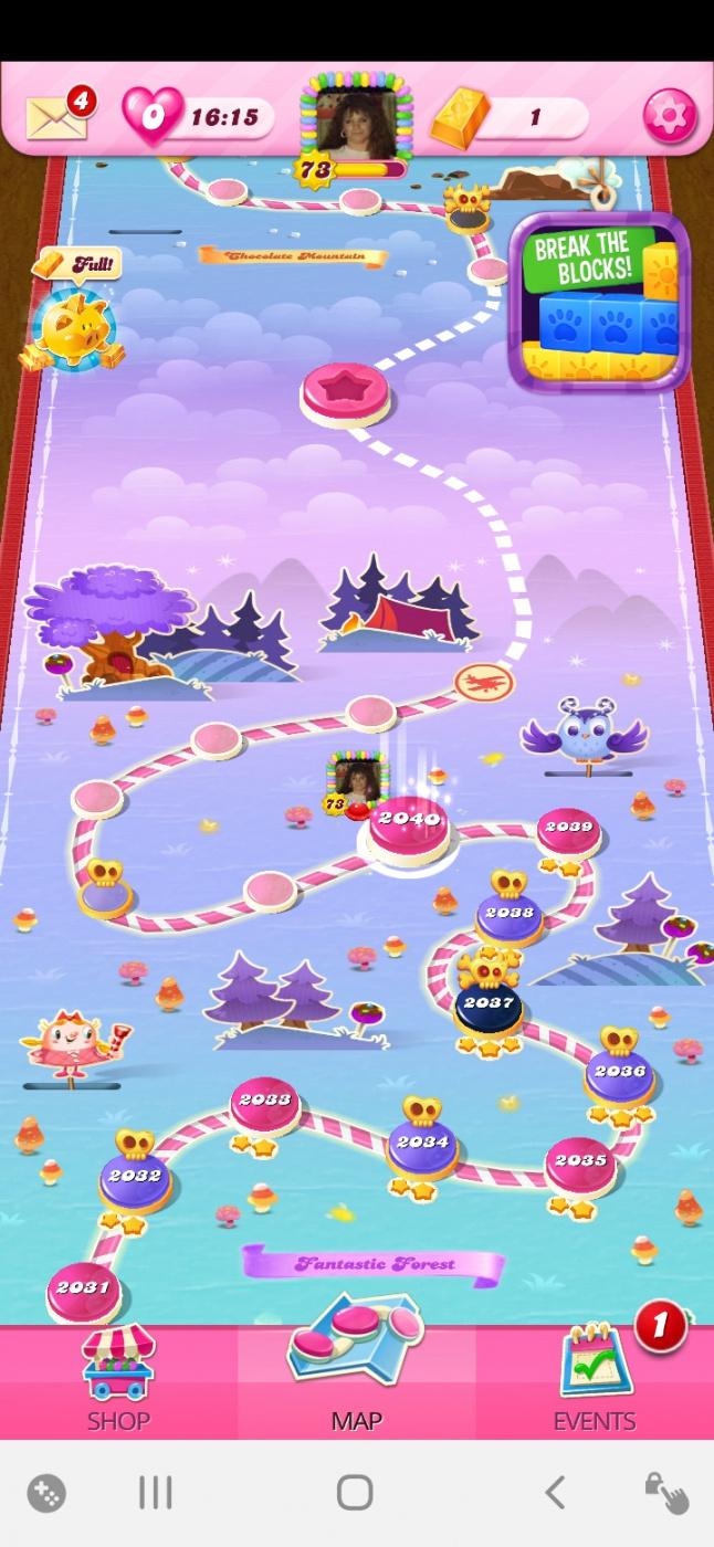 Screenshot_20201202-153017_Candy Crush Saga.jpg